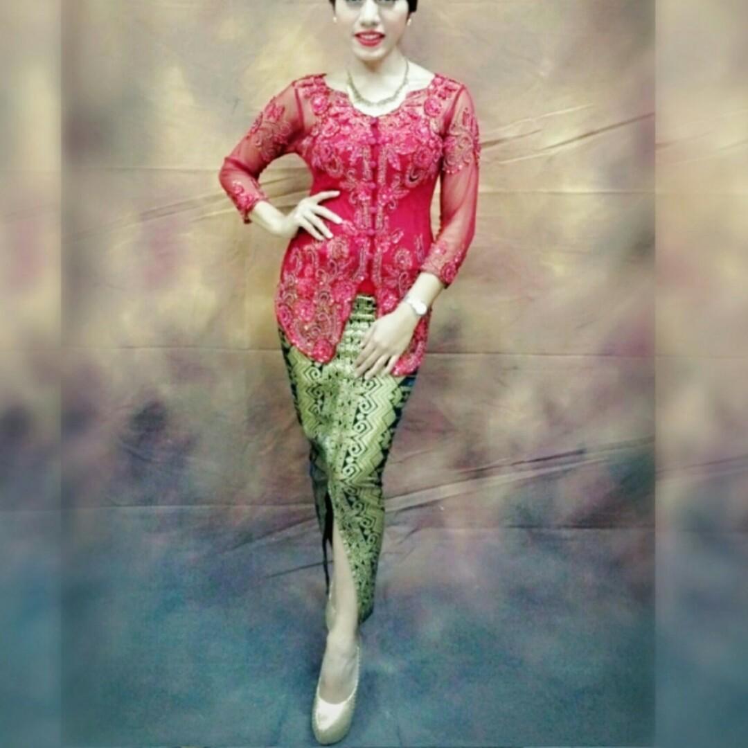 Kebaya Payet