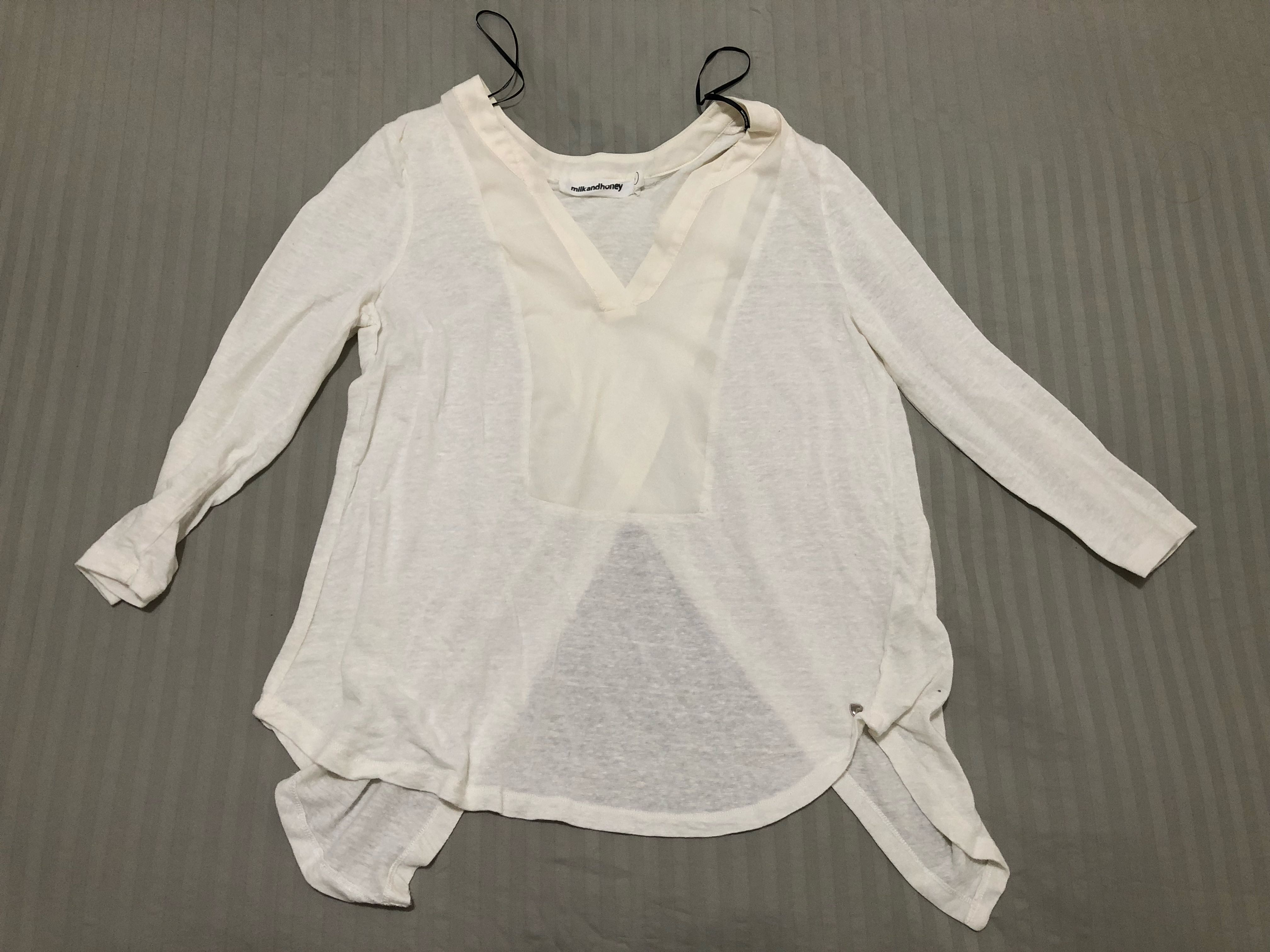 Milk and Honey size 8 top with back split