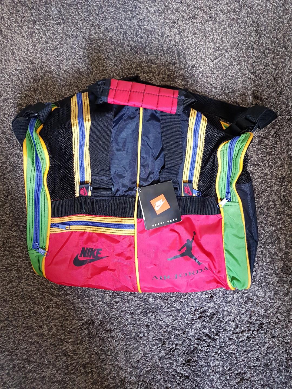 c21f02543d 🌟Nike Air Jordan Duffle Sports Bag