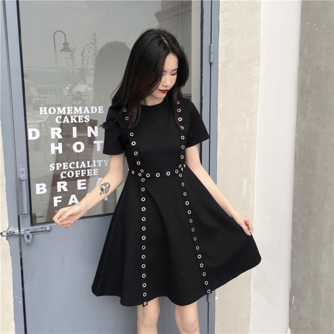 f5fcf6b96e8e PO Retro Silver Ring Rim A-Line Short Sleeve Dress Black   White ...