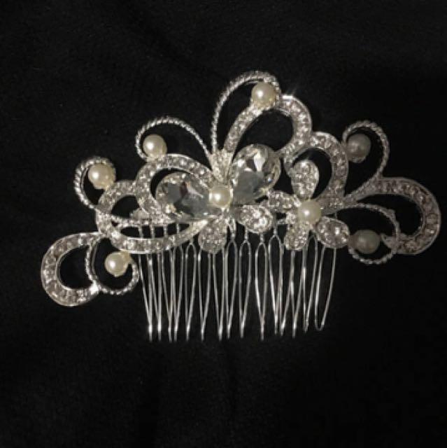 Tiara hair accessories