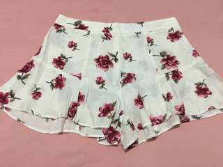 Red rose shorts