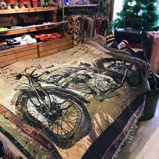 💙🦖 美式休閒線布 萬用毯野餐巾沙發巾裝飾掛畫 老車 重機圖像 復古 美式