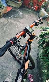 Kronos Bike - Epixon forkshock 27.5 strider set up w/ alivio gear