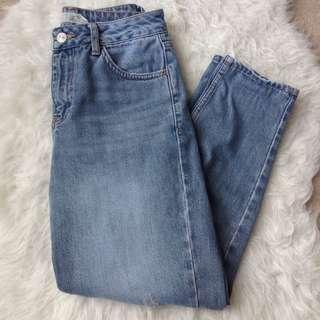 Topshop Mom Jeans (W26 L28)