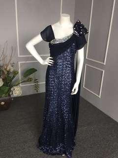Gaun pesta (party dress)