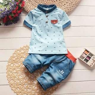 男孩套裝 藍色M 每套特價180元