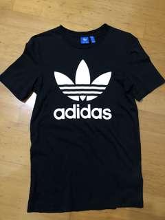 Adidas黑白短T 基本款