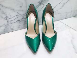 Nine West pumps size 6