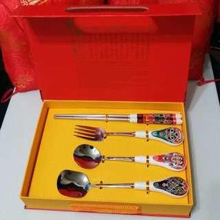 面譜青花陶瓷餐具匙羹筷子