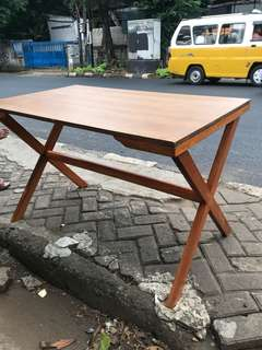 Meja cafe ( model kekinian harga terjangkau )