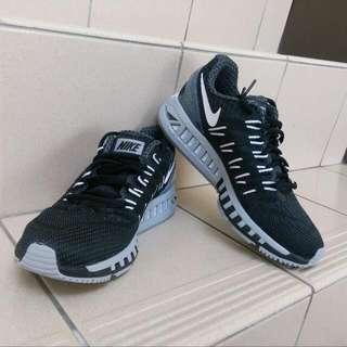 🚚 Nike Air Zoom Odyssey 黑 跑鞋