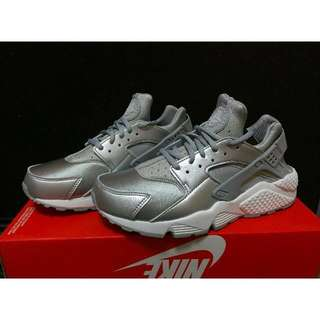 🚚 Nike 銀武士