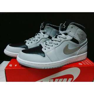 🚚 Nike Air Jordan 1 黑灰 銀勾