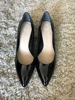 Franco Sarto Black Pumps (size 7.5)