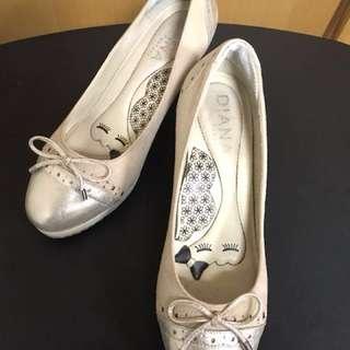 🚚 粉色麂皮高跟鞋