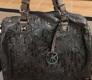 Michael Kors grayson hand bag