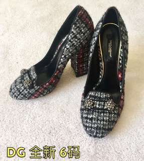 Dolce Gabana size6 brand new