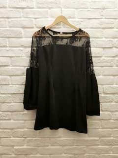 UK10 Black Sheer Lace Sleeves Dress