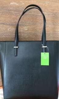100% 全新Kate Spade 側孭袋(黑色款式)