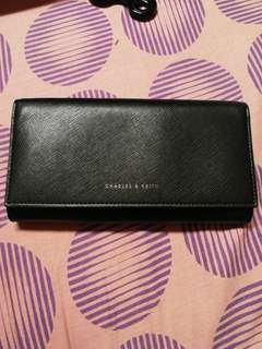 Pre-owned Authentic Charles and Keith wallet
