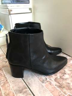 Leather Ankle Boots - ATMOS&HERE