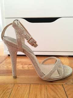 Sparkly gold heels size 5.5
