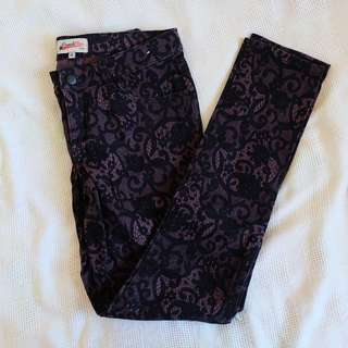 French Star Floral Detailing Jeans