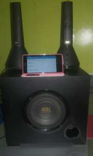 Sony xperia Z3with speakers subwoober