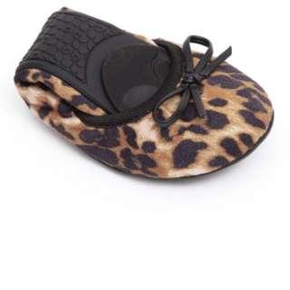 BNIB Butterfly twists Cleo folding ballerina flats leopard Tan brown