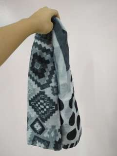 Black and white scarve