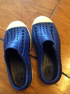 Native aqua shoes