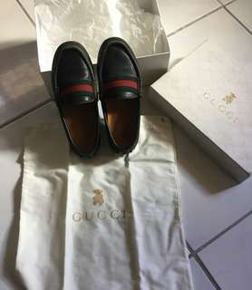 Authentic GUCCI shoes kids(size 12c)19.1 cm