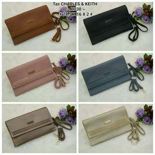 Dompet Clucth bag Charles & Keith
