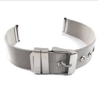 WATCH STRAP IN SILVER