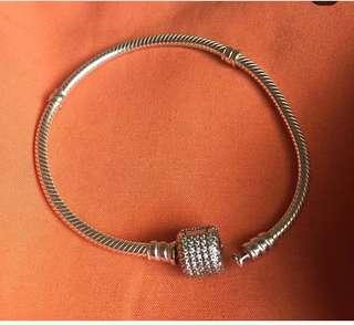 pandora bracelet and clip