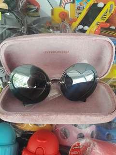 正品Miu Miu 眼鏡原價$2480照價7折=$1736