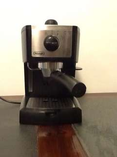 De Longhi Espresso Machine