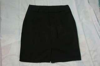 Skirt or rok kerja hitam