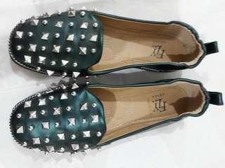 Sepatu size 37 FLY