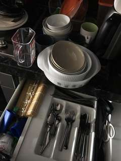 Assorted Kitchen Ware