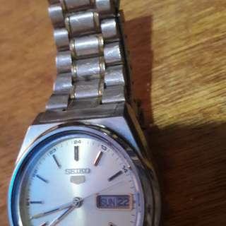 Seiko 5 automatic mens watch