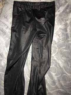 Black jeggings. Size XS