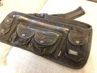 Head porter white mountaineering black waist/shoulder bag. Rare from japan