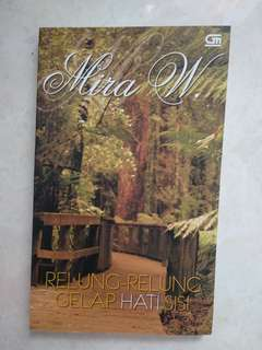 RELUNG RELUNG GELAP HATI SISI by MIRA W
