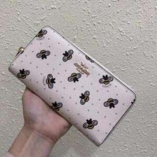 COACH 22485 新款女士小蜜蜂圖案印花長款錢夾 內置多卡位