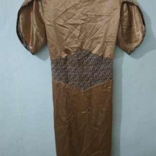 Dress batik alus solo