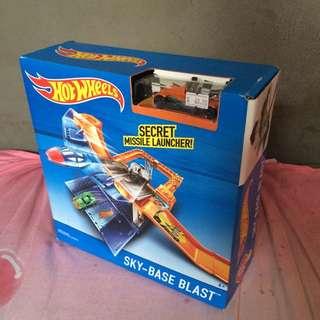 Hot Wheels Sky-base Blast