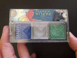 Preloved Eyeshadow Pallette 3warna campur Biru Papua
