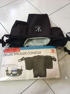 Deluxe stroller console